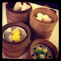 Photo taken at Chokdee Dimsum by Warajan J. on 11/1/2012