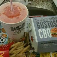 Foto tirada no(a) McDonald's por Thiago A. em 1/20/2013
