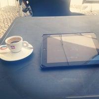 Foto tirada no(a) Puro Caffe por Pedro S. em 6/10/2014