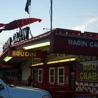 Photo taken at Ragin Cajun by Kristen H. on 8/25/2013