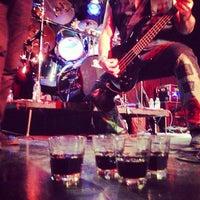 Foto tirada no(a) Dante's por Kristin B. em 3/18/2013