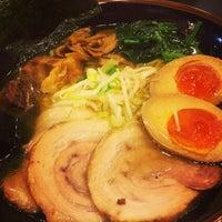 Photo taken at 野郎ラーメン 本郷三丁目店 by Takanori O. on 2/17/2014