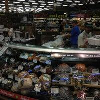Foto scattata a Whole Foods Market da John W. il 2/18/2013