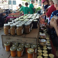 Photo taken at Memphis Farmers Market by edisonv 😜 on 6/29/2013