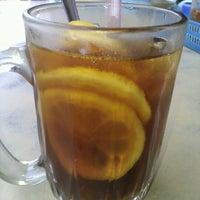 Photo taken at Restoran Masakan Sedap by mis N. on 9/15/2012
