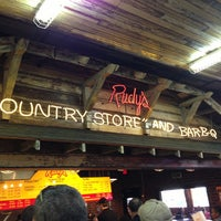 Photo taken at Rudy's Country Store & Bar-B-Q by Michael on 5/22/2013