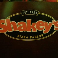 Photo taken at Shakey's Pizza Parlor by Javier A. on 12/30/2012