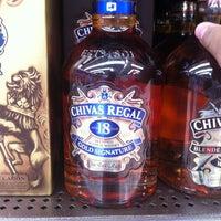 Photo taken at Supermercado La Unión by Marlon C. on 11/2/2012