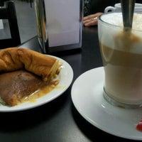 Photo taken at Café Ferreira - Fábrica de Pão de Ló by Nuno M. on 11/1/2015