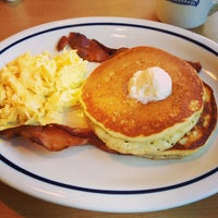 Photo taken at IHOP by Mariana S. on 5/28/2013