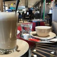 Das Foto wurde bei Cafe Cappuccino von Kezi K. am 1/31/2018 aufgenommen