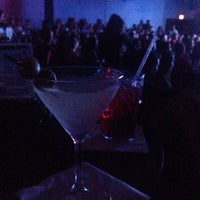 Photo taken at Hyena's Comedy Nightclub by Mollie J. on 5/25/2014