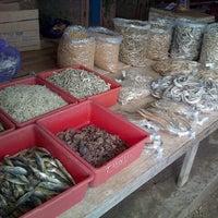 Photo taken at TPI (Tempat Pelelangan Ikan) Ayah by Endy W. on 1/17/2013