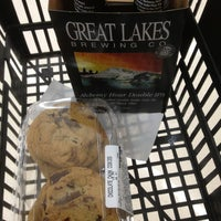 Photo taken at Giant Eagle Supermarket by William B. on 3/15/2013