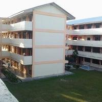 Photo taken at Sekolah menengah kebangsaan seri nibong by Azman A. on 7/12/2013