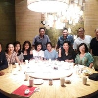 Photo taken at Din Tai Fung by Jeannette L. on 6/14/2016
