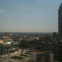 Photo taken at Tribunal Superior de Justicia de la Ciudad de México - Juzgados de lo Familiar by Salvador M. on 4/15/2013