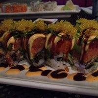 Photo taken at Yoki Japanese Restaurant and Sushi Bar by Justin K. on 7/21/2014