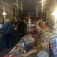 Photo taken at Treats by Leslie H. on 8/15/2015