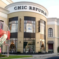 Photo taken at Chic Republic by Warrasith C. on 12/28/2012