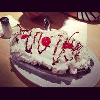 Photo taken at Gracie's Corner Restaurant by Teddy on 11/4/2012