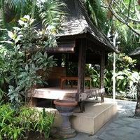 Photo taken at Made's Warung by Thomas C. on 11/24/2012