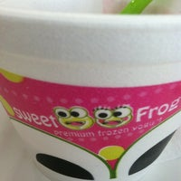 Photo taken at SweetFrog by CLOUD on 5/21/2013
