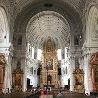 Photo taken at St. Michaels Kirche by Praphot T. on 8/4/2017