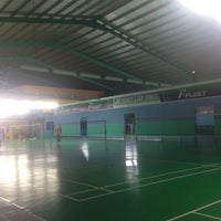 Photo taken at Pro One Badminton Centre by Teya R. on 7/29/2017