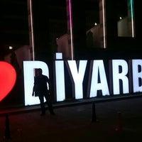 Photo taken at Diyarbakır Nusaybin yolu by Batuhan .. on 5/24/2016