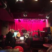 Photo prise au Sazz'n Jazz par Julia S. le4/12/2018