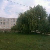 รูปภาพถ่ายที่ Школа Ближняя Игуменка โดย Yaroslav S. เมื่อ 8/7/2013