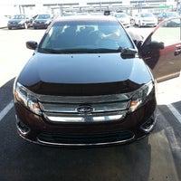 8/16/2013 tarihinde Jordan H.ziyaretçi tarafından Payless Car Rental'de çekilen fotoğraf