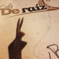 Das Foto wurde bei Café de Raíz von David R. am 7/9/2013 aufgenommen