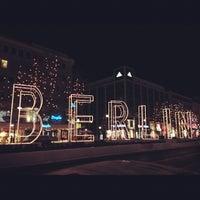 Das Foto wurde bei Kurfürstendamm von Edward N. am 12/8/2012 aufgenommen