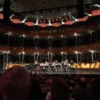 Das Foto wurde bei Jazz at Lincoln Center von Natalie A. am 6/2/2017 aufgenommen