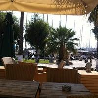 10/5/2012 tarihinde Duygu T.ziyaretçi tarafından Starbucks'de çekilen fotoğraf