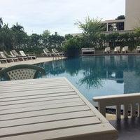 Photo taken at Long Beach Cha-am Hotel by Waritsara .. on 8/27/2017