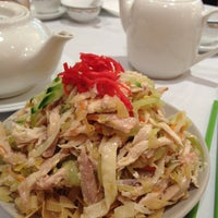 Photo taken at Fisherman's Terrace Seafood 釣魚台海鮮酒家 by Aloopylife on 1/11/2013
