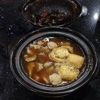 10/19/2014にFir€L¥nxがDa De Bah Kut Teh 大德古早味肉骨茶で撮った写真