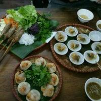 Photo taken at Bún Bò Huế O Xuân - Cơ Sở 2 by Trần T. on 12/18/2016