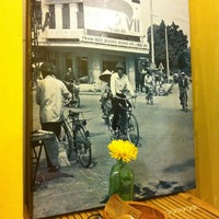 Photo taken at Cửa Hàng Ăn Uống số 12 by Moonie D. on 5/5/2013
