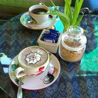 Photo taken at Asia Coffee Shop by SYaZaMaRTiN on 12/25/2014