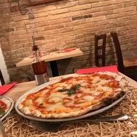 Foto tomada en Solo Pizza por Lika A. el 9/12/2017