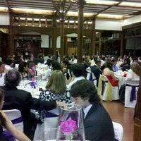 Photo taken at Salon Derby Sporting by Rosana F. on 12/12/2012