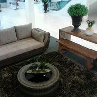 Foto tirada no(a) Pintos Shopping por Bruno F. em 10/25/2012