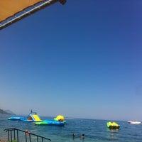 7/29/2013 tarihinde Nilayziyaretçi tarafından Crystal Aura Beach Resort Hotel&Spa'de çekilen fotoğraf