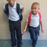 Photo prise au Arrowhead Elementary School par LaVondra S. le8/26/2014