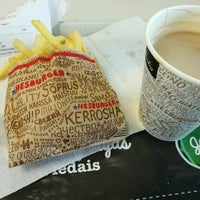 Photo taken at Hesburger by Tiexin G. on 8/6/2016