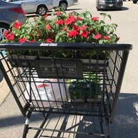 Photo taken at Jewel-Osco by Amy C. on 5/22/2017